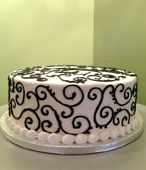 Scroll Layer Cake - Black & White