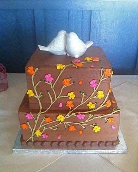 Seven Seas Hartland Wedding Cake