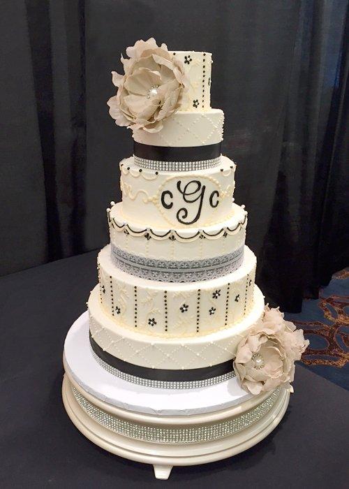 Ana Wedding Cake, Black White