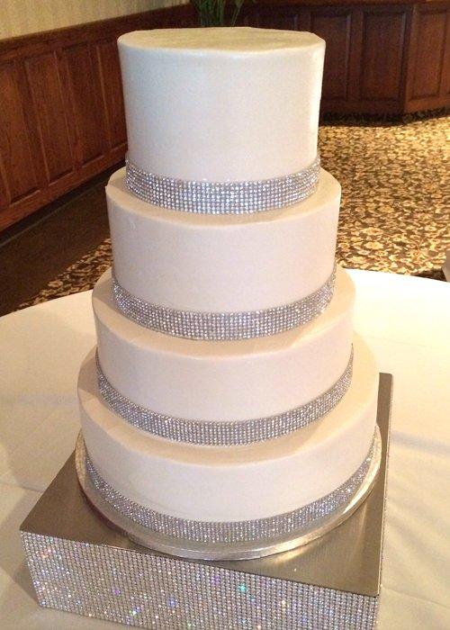 Crystal Wedding Cake White