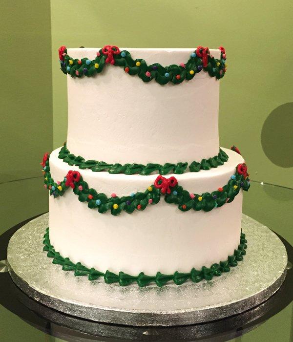 Christmas Wreath Tiered Cake – Classy Girl Cupcakes