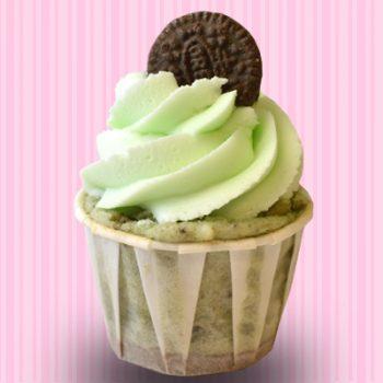 Mint Oreo Cheesecake Cupcake