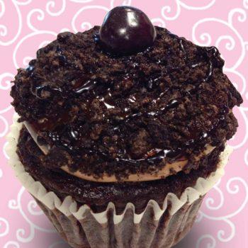 Mississippi Mud Jumbo Filled Cupcake