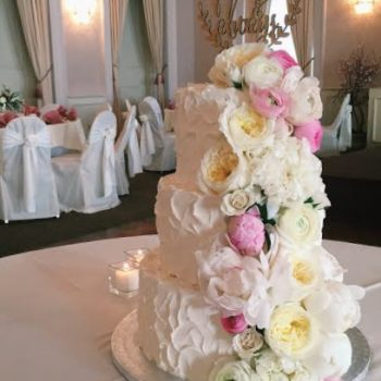Cheyenne Wedding Cake