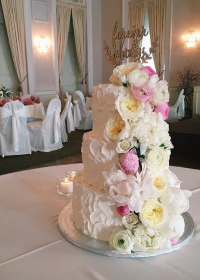 Cheyenne Wedding Cake