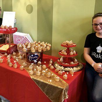 Salted Caramel Popcorn Cupcake Display - Daniela & Simona