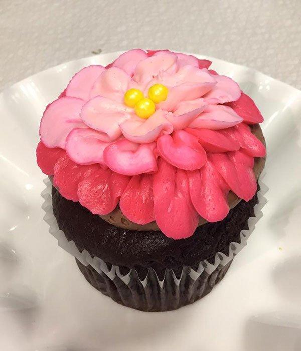Assorted Flower Jumbo Cupcake - Red & Pink
