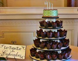 Renaissance Place Milwaukee Wedding Cupcakes - White Tiered Gallery