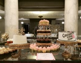Milwaukee County Historical Society WI Wedding Cupcakes - Gold Chandelier Gallery