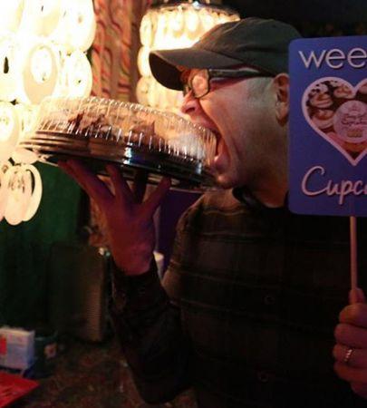 Pat Wilson of Weezer enjoying Classy Girl Cupcakes.